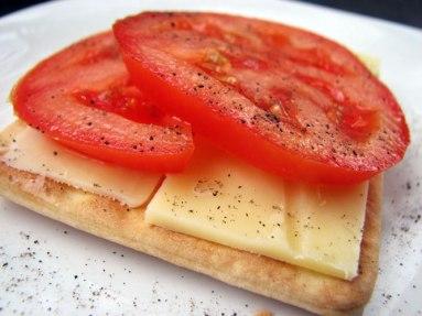 Sao cheese tomato