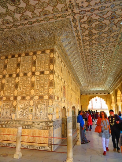 Amber fort - tiles and mirrors