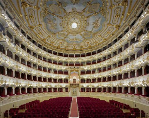 Another stunning internal view of Teatro Municipale, Piacenza