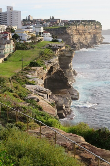 Sandstone cliffs of Sydney Coast