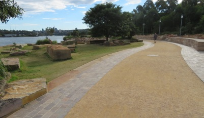 Wulugul path - Sydney Harbour