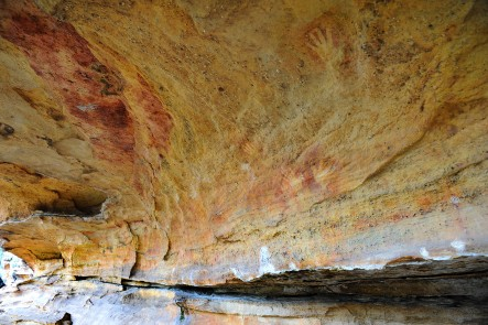 Hands on Rock - Aboriginal Rock Art - Mudgee - Source: Themudgeproject.com.au