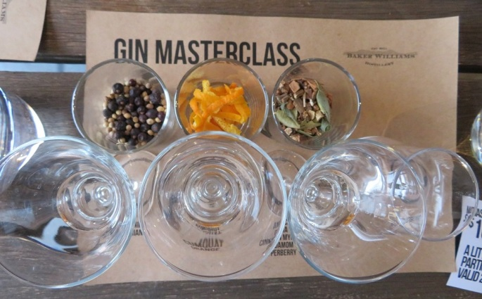 Gin tasting class in Mudgee and a range of botanicals in glasses