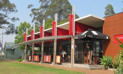 A Wauchope cafe - Watermans