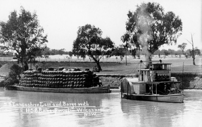 A paddle steamer loaded with wool departs Wilcannia
