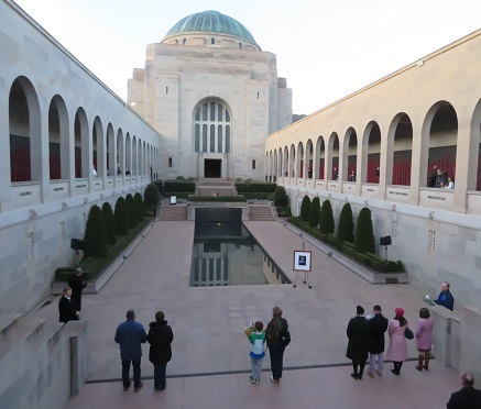 Laying wreaths at the Australian War Memorial