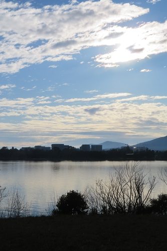 A cloudy morning, Lake Burley Griffin