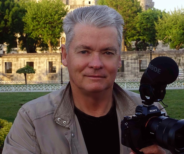 Bill Bennett - author and film director